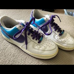 Nike Air Force One vintage shoes. Women 9 1/2.